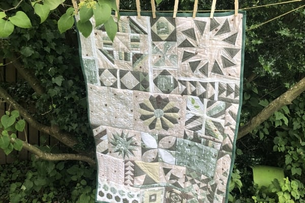 learning to quilt sampler quilt